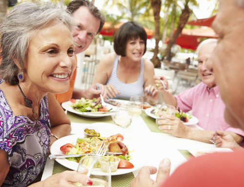 7 Tips for Dining Out with Hearing Loss