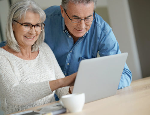 5 Social Media Tips for Seniors
