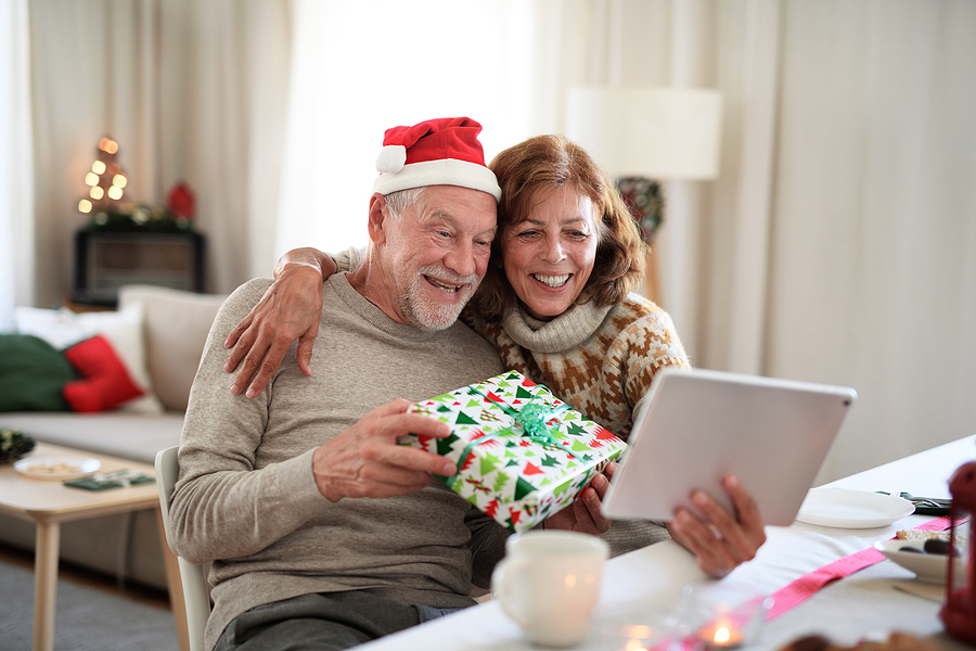Try these virtual holiday gathering ideas to connect with friends and family this holiday season.